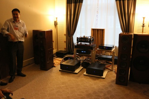 Victor Pheh was also showcasing his own speakers driven by Magnet amps.