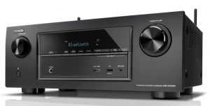 The familiar front end of the Denon X2100W with its minimalistic look (2)