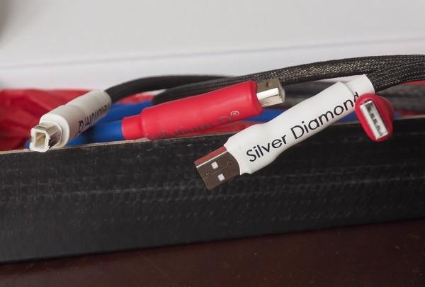 Tellurium Q Blue and Silver Diamond USB cables.